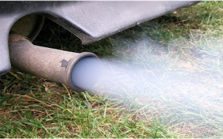 Расход масла в двигателе ваз и признаки износа маслосъемных колпачков — всё о ремонте лада