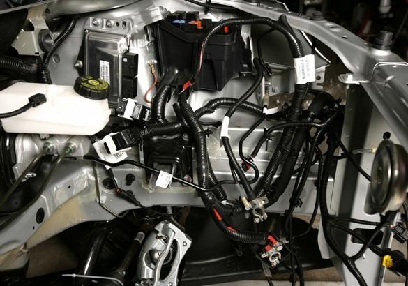 Французская гоночная команда выкупила болиды Лада Веста - всё о ремонте Лада