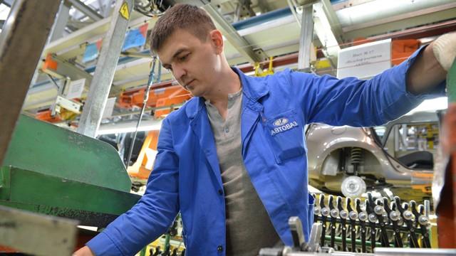 «АвтоВАЗ» сократит часть персонала - всё о ремонте Лада