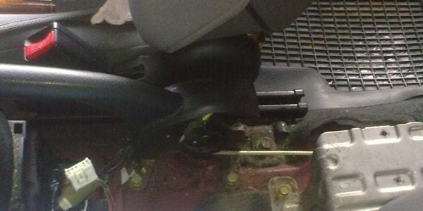 Как избежать замены тросов стояночного тормоза - всё о ремонте Лада