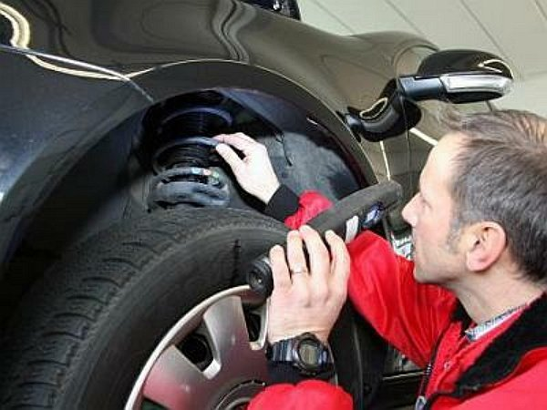 Как проверить амортизаторы на машине – диагностика задних амортизаторов и пружин - всё о ремонте Лада