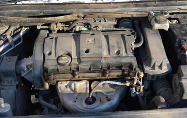 Причины замены прокладки клапанной крышки - всё о ремонте Лада