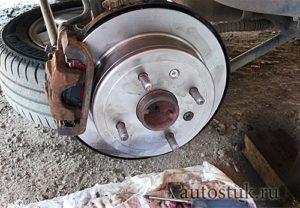 Когда необходима прокачка тормозной системы - всё о ремонте Лада