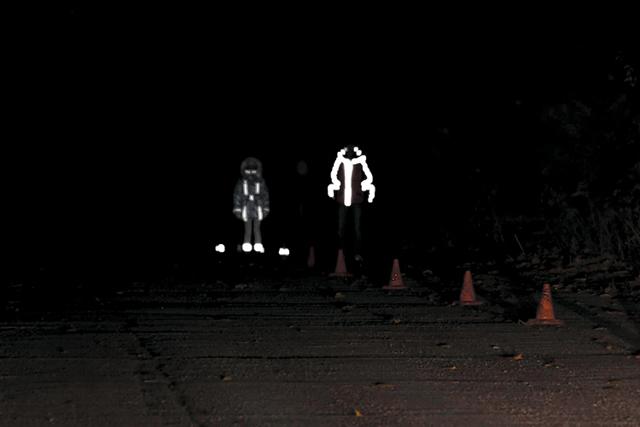С  горящими фарами и светоотражающими элементами? - всё о ремонте Лада