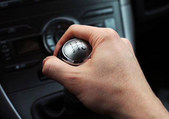Торможение двигателем – как правильно тормозить на механике - всё о ремонте Лада